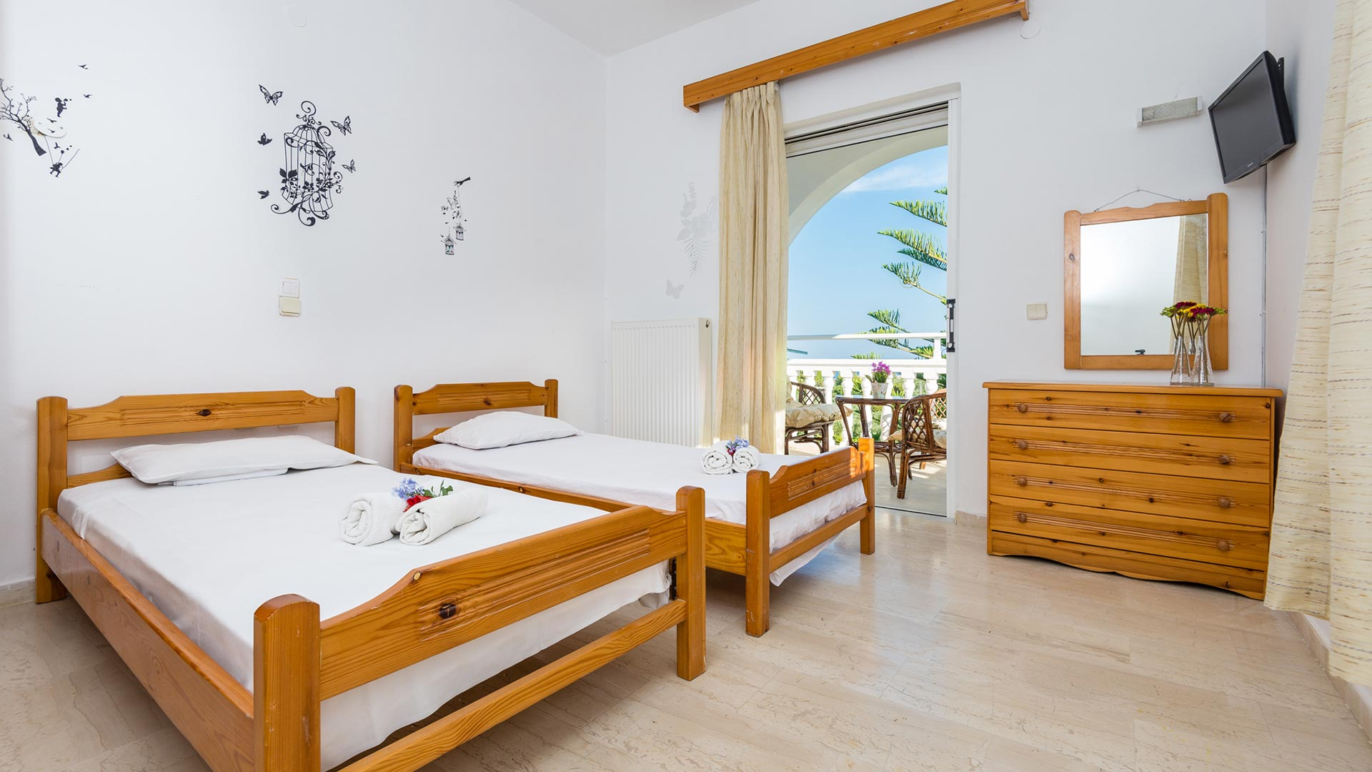 LAGANAS STUDIOS & APARTMENTS ZANTE ZAKYNTHOS GREECE